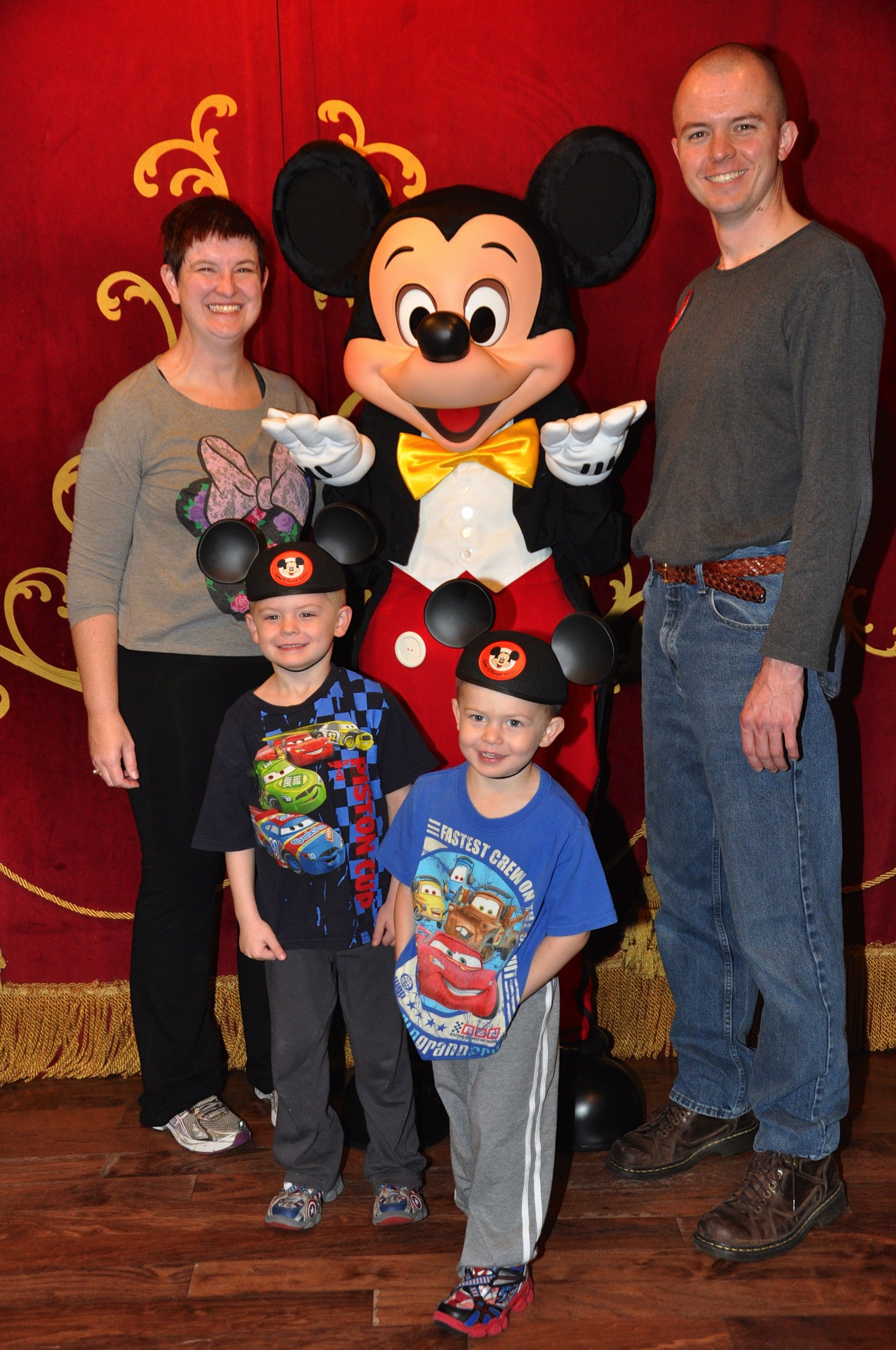 disney world vacation essays Disney world: a family vacation everyone who has ever been to disney world  thinks it's going to be the vacation of a lifetime but when we went it was the.